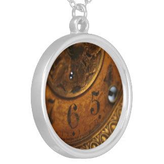 Antike Uhr-Halskette Versilberte Kette
