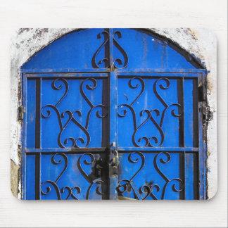 Antike Vintage blaue Stahltür Saudi-Arabien Mousepad