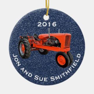 "Antiker grüner Traktor ""(Ihr Name)"" u. ""20XX "" Rundes Keramik Ornament"