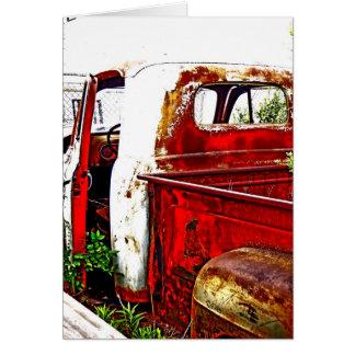 Antiker LKW mit Weiß und Rottönen Karte