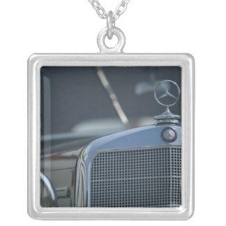 antiker Mercedes 4 Halskette Mit Quadratischem Anhänger