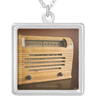 Antiker Radio Versilberte Kette
