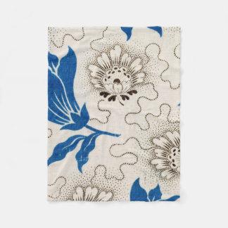 Antikes Blau punktiertes Blumenmuster Fleecedecke