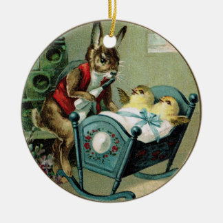 Antikes Ostern-Papa-Kaninchen und Küken-Verzierung Keramik Ornament