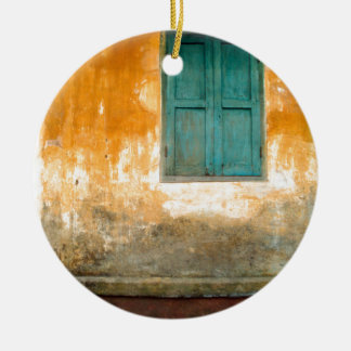 Antique Chinese Wall of Hoi An in Vietnam Keramik Ornament
