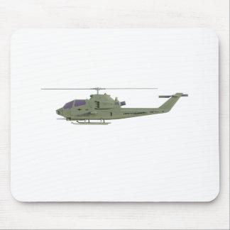 Apache-Hubschrauber im Seitenansichtprofil Mauspads