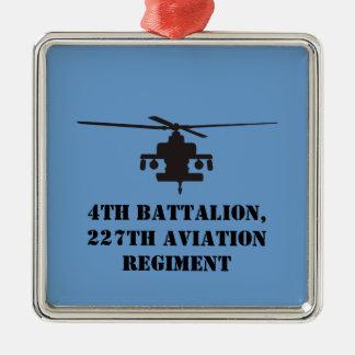 Apachelongbow-Hubschrauber-Silhouette Silbernes Ornament