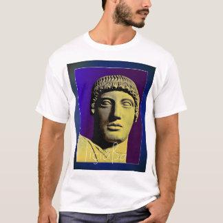 Apollo, der uns betrachtet T-Shirt