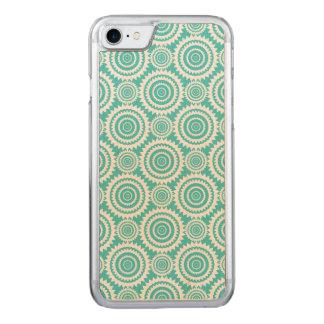 Aqua und weißes geometrischer Entwurfs-Muster Carved iPhone 8/7 Hülle