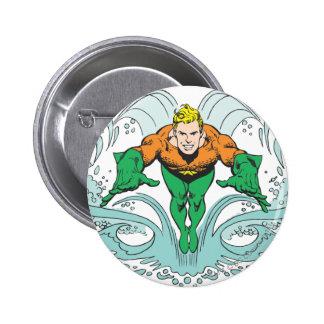 Aquaman, das vorwärts losstürzt runder button 5,7 cm