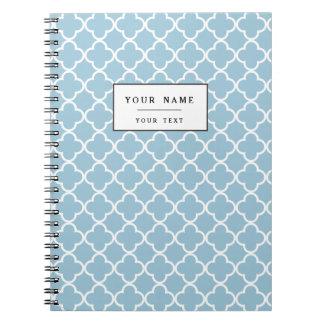 Aquamarine-Blau und Weiß Quatrefoil Marokkaner Spiral Notizbücher