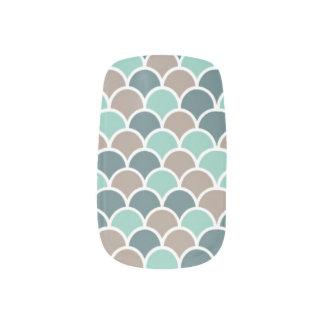 aquamarine Wellen Minx Nagelkunst