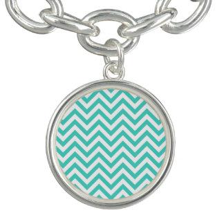 Aquamariner blauer und weißer Zickzack Stripes Charm Armband
