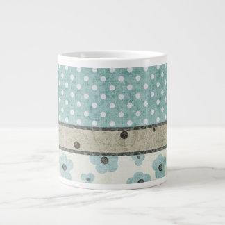 Aquamariner und beige Blumen- und Polka-Punkt Jumbo-Tasse
