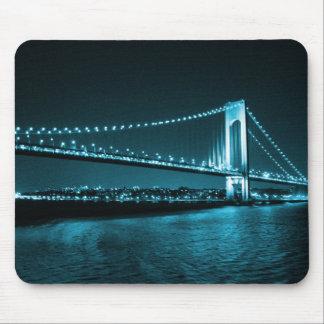 Aquamarines Enge-Brücke mousepad