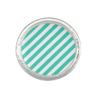 Aquamarines und weißes diagonales Streifen-Muster Ring