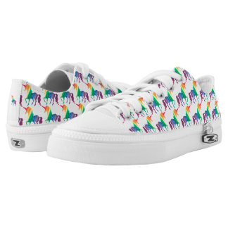 Aquarell-Regenbogen-Einhorn-Muster-modisches Niedrig-geschnittene Sneaker