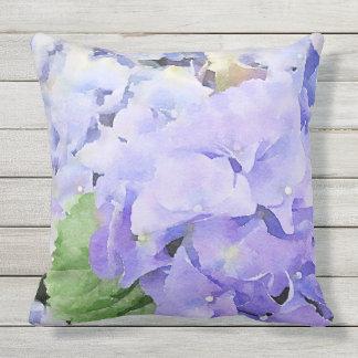 Aquarellblauer Hydrangea im Freien Kissen Für Draußen