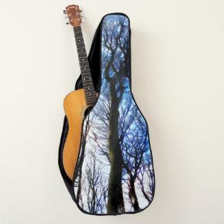 Aquarellwald nachts gitarrentasche