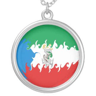 Äquatoriale Guinea-Gnarly Flagge Personalisierter Schmuck