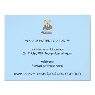 Arbeiten in einem Büro. Blaue Bindung 10,8 X 14 Cm Einladungskarte
