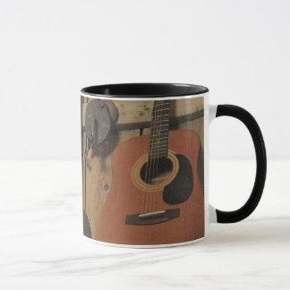 Arbeiten schwer und Spielgitarre Tasse