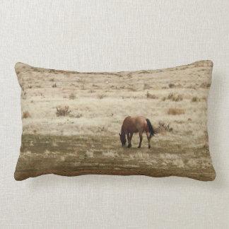 Arbeitswildleder-Kuh-Pferd lässt Western-Art Lendenkissen