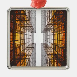 Architekturfassaden-Gebäudefenster Silbernes Ornament
