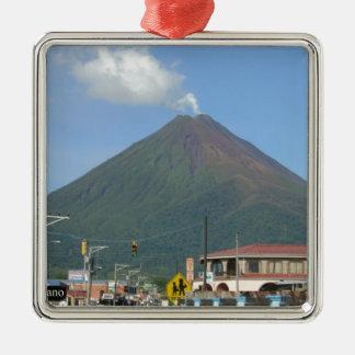 ARENAL-VULKAN, Costa Rica Quadratisches Silberfarbenes Ornament