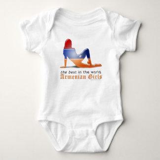 Armenische Mädchen-Silhouette-Flagge Baby Strampler