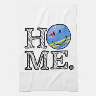 Aruba-Flaggen-lächelnder Haus-Wärmer Handtuch