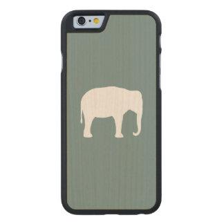 Asiatischer Elefant-Silhouette Carved® iPhone 6 Hülle Ahorn