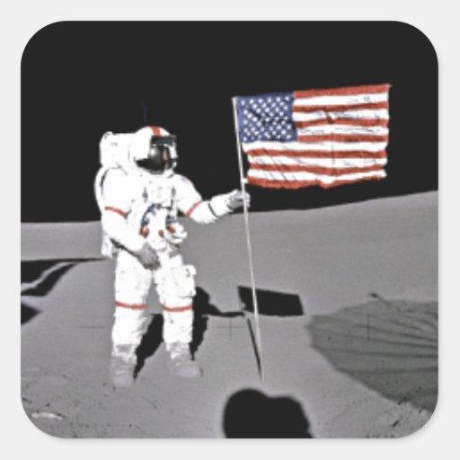 Astronaut Alan Shepard, amerikanische Flagge auf M Quadrataufkleber