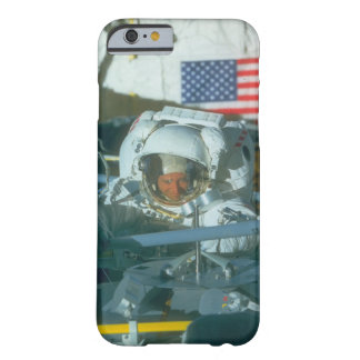 Astronaut. (Astronaut; flag_Space Barely There iPhone 6 Hülle
