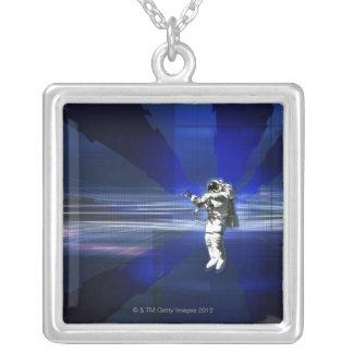 Astronaut im Raum Versilberte Kette