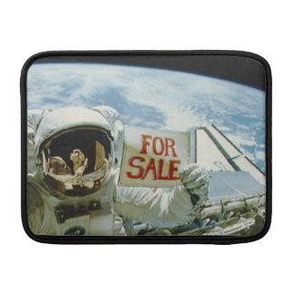 Astronaut verkauft Erde Sleeves Fürs MacBook Air