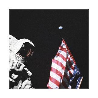 Astronauten-Flaggen-Erdmond-Foto der NASAs Apollo Leinwanddruck
