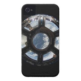 Astronauten sehen von der Raumstation an Case-Mate iPhone 4 Hüllen