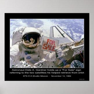 """Astronauten-Tal A. Gardner halten """"für Verkauf"""" Ze Poster"""