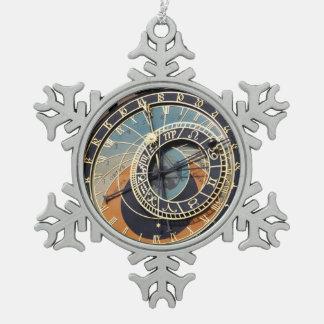 Astronomische Uhr in Prag Schneeflocken Zinn-Ornament
