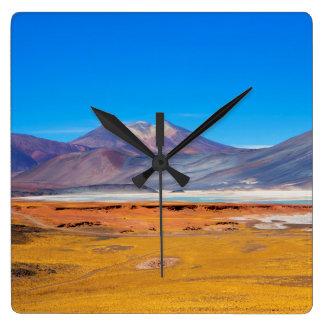Atacama Salt Lake Quadratische Wanduhr