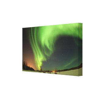 Atemberaubende grüne Alaska-Himmel am Leinwanddruck