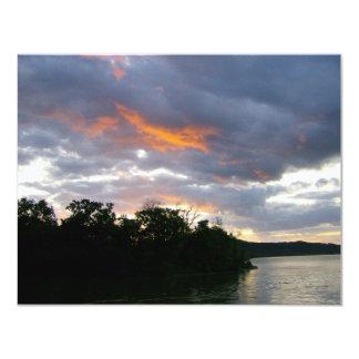 Atemberaubender Sonnenaufgang entlang dem Ohio Karte