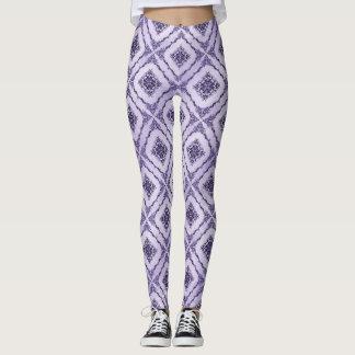 Ätherisches Lila und Lavendel-Diamant-Muster Leggings