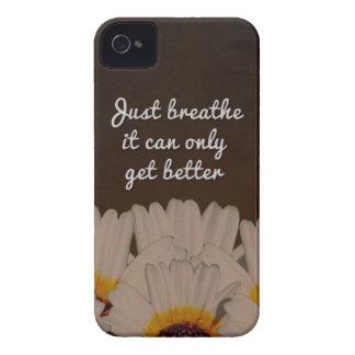 Atmen Sie einfach Blumen-Entwurf Case-Mate iPhone 4 Hülle