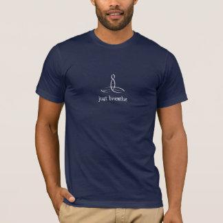 Atmen Sie einfach - weiße Sanskrit Art T-Shirt