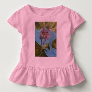 Auberginen-Blüten-Rüsche-T-Stück Kleinkind T-shirt