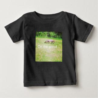 Auf dem Prowl… Baby T-shirt