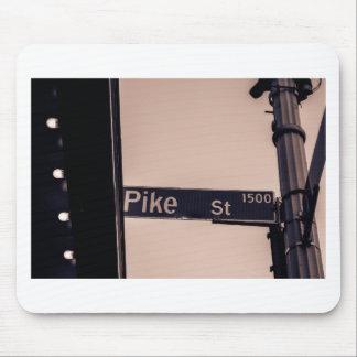 Auf der Ecke von Pike Mousepads