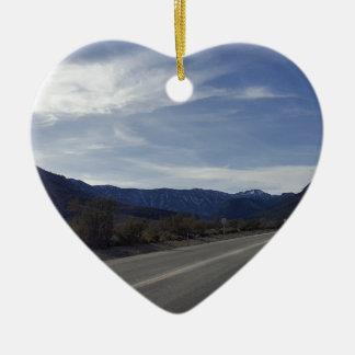 auf der Straße zu mt Charleston Nanovolt Keramik Herz-Ornament